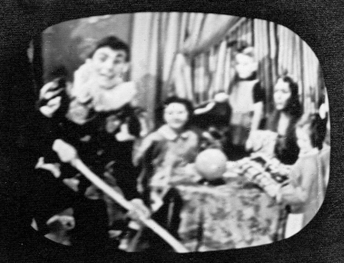 1957-01-15 Monsieur Surprise (Pierre Thériault), Guy etThérèse Cadorette